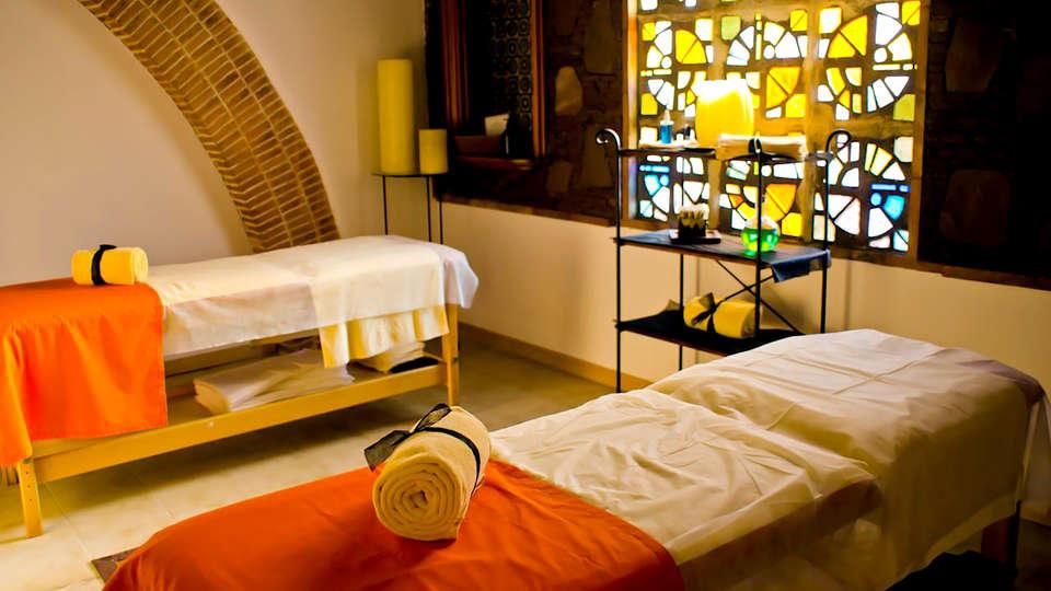 Hotel Termes Montbrió - Edit_Massage.jpg