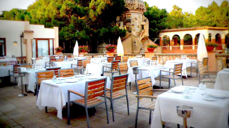 Hotel Termes Montbrió - Edit_Terrace.jpg