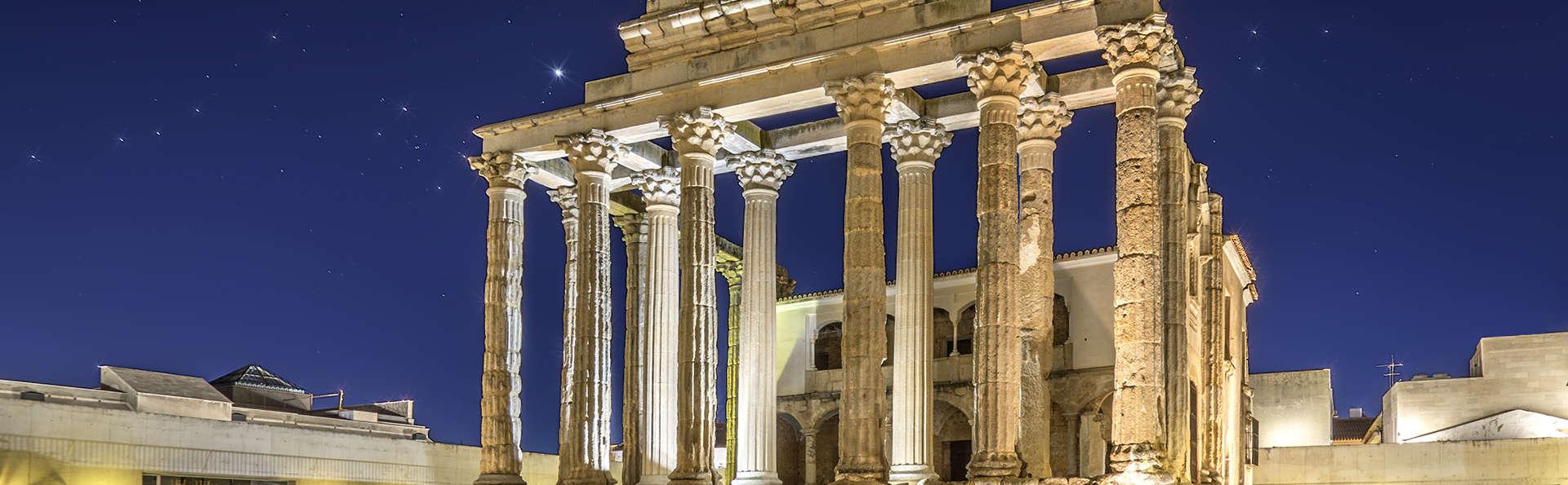 Escapada con cena en un exclusivo hotel cerca del Teatro Romano de Mérida