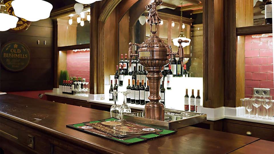 Hotel Victoria 4 - EDIT_rest6.jpg