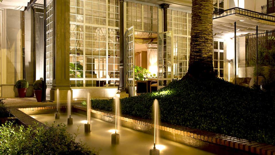 Hotel Villa Oniria - Edit_Terrace3.jpg