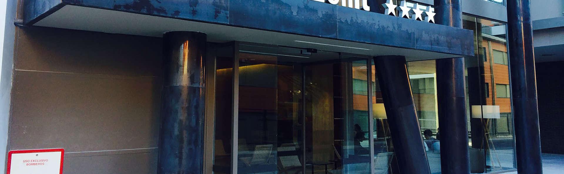 Hotel Zenit San Sebastián - Edit_Front.jpg