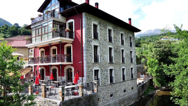 Escapada Romántica y Relax con acceso al jacuzzi privado en Cantabria