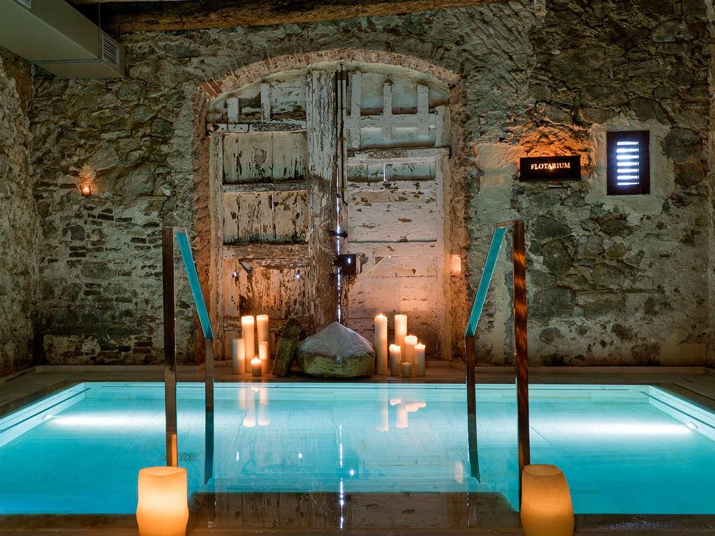 Séjour Vallromanes - Expérience premium : accès au bain arabe et dîner gastronomique dans un EcoResort 5*  - 5*