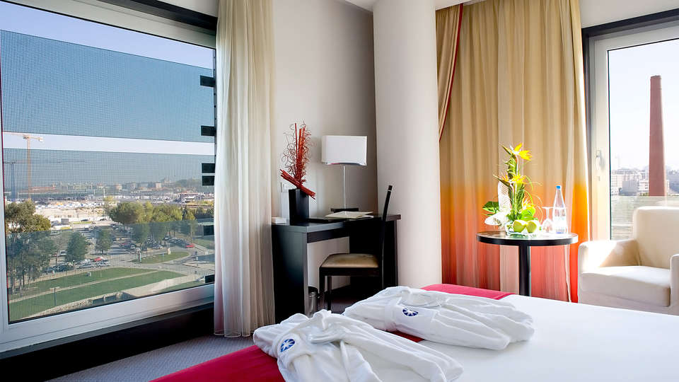 Meliá Ria Hotel & Spa - EDIT_room2.jpg