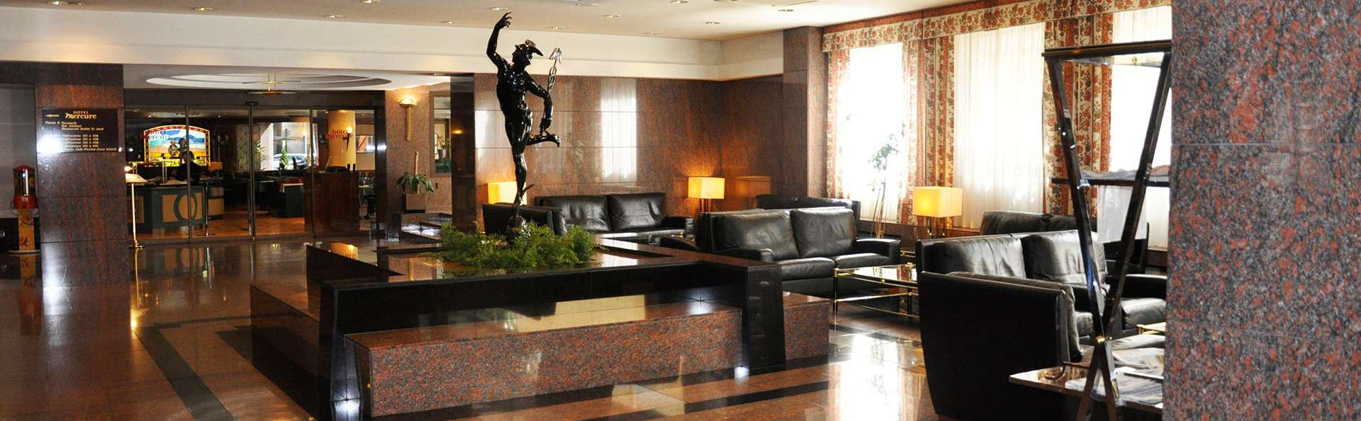 Mercure Andorra - EDIT_lobby.jpg