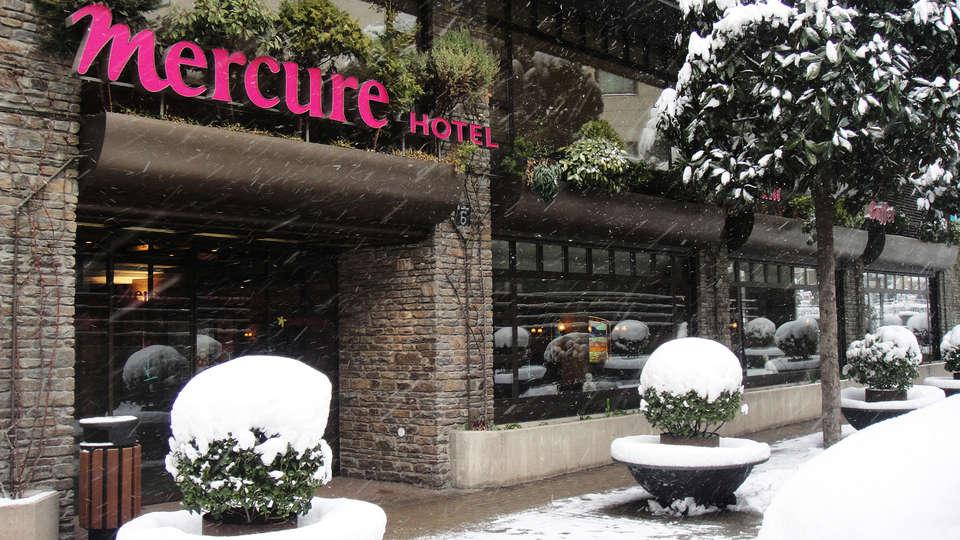 Mercure Andorra - EDIT_frontsnow.jpg