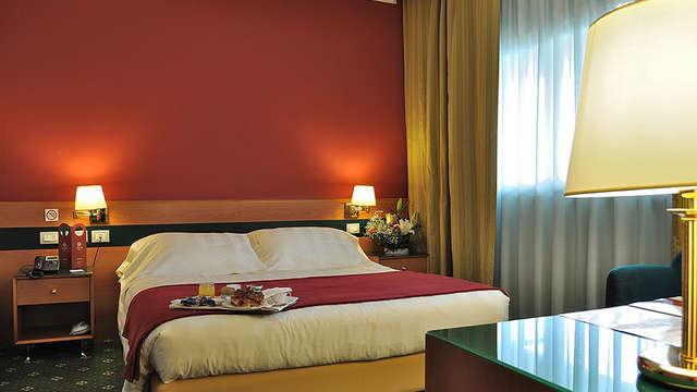 Weekend a Roma in elegante hotel in zona EUR...e raggiungi il centro in metropolitana!