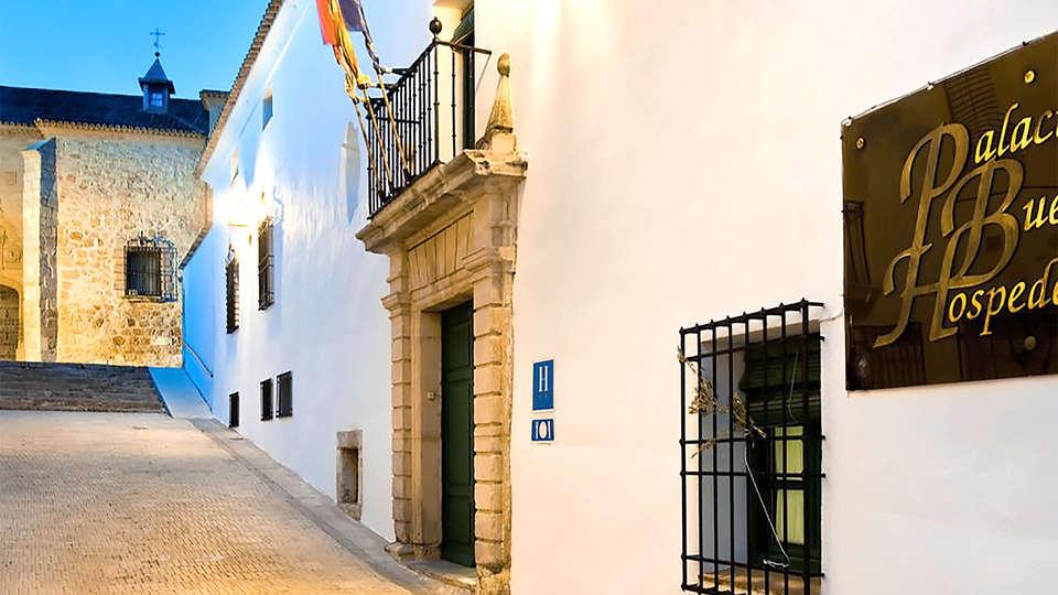 Palacio Buenavista Hospedería - EDIT_entrance.jpg