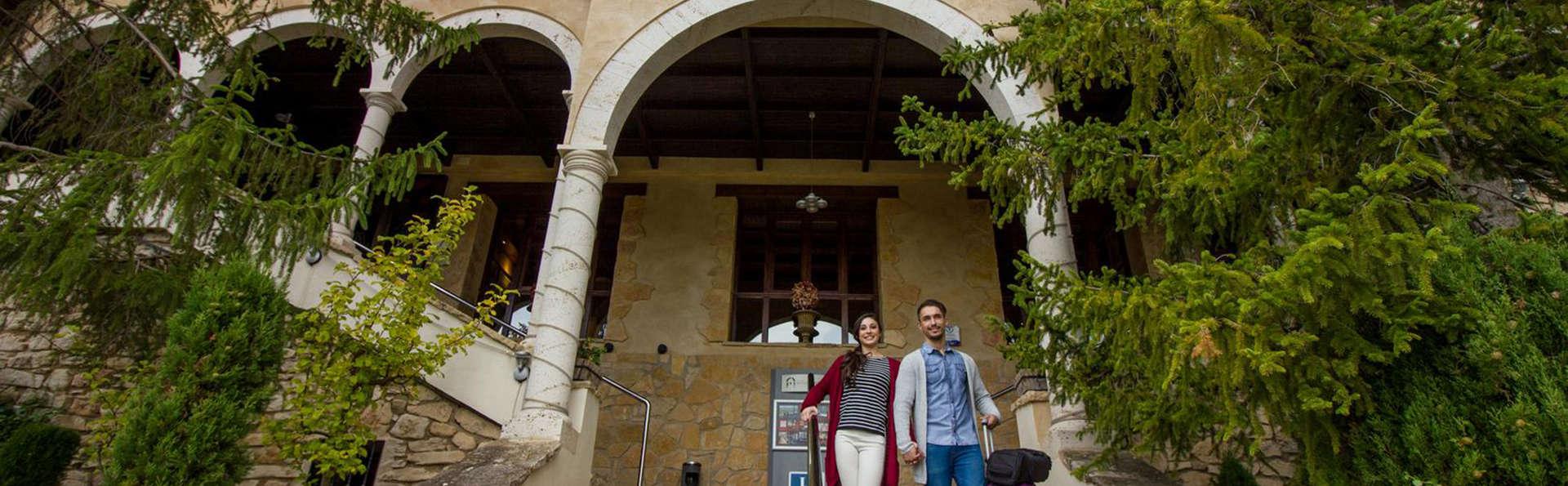 Hotel Spa Balfagón - EDIT_NEW_front.jpg