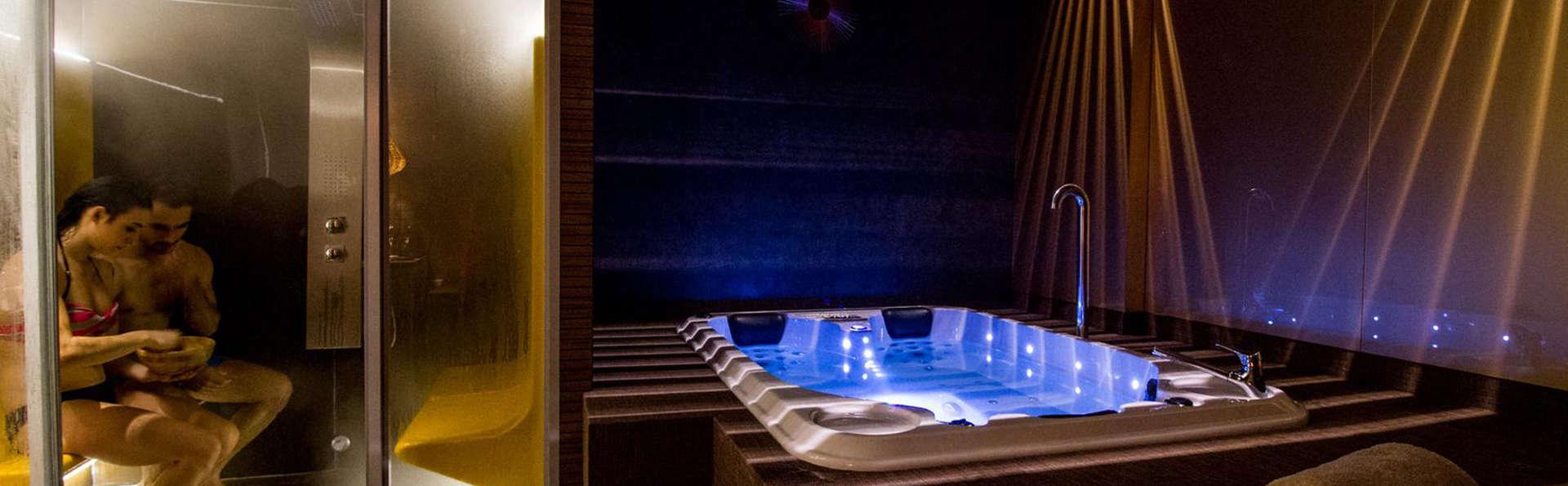 Escapade romantique avec spa privé, bouteille de cava et chocolat dans le Maestrazgo