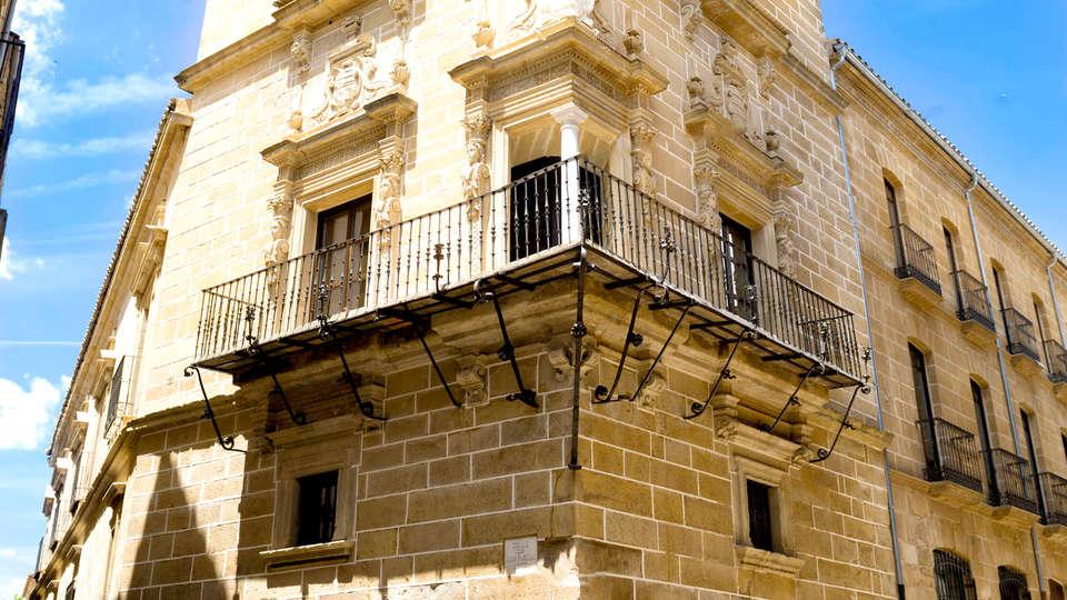 Hotel Palacio de Úbeda - Edit_Front.jpg