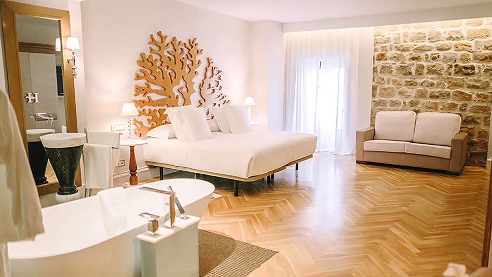 Hotel Palacio de Úbeda - Edit_Room10.jpg