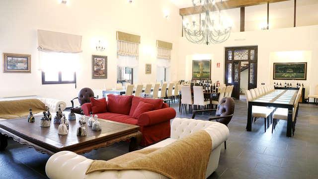 Romanticismo, relax con spa y menú degustación en un palacio de Belmonte (desde 2 noches)