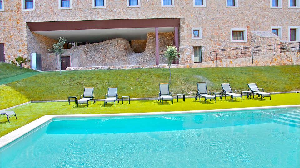 Palacio del Infante Don Juan Manuel Hotel Spa - EDIT_pool1.jpg