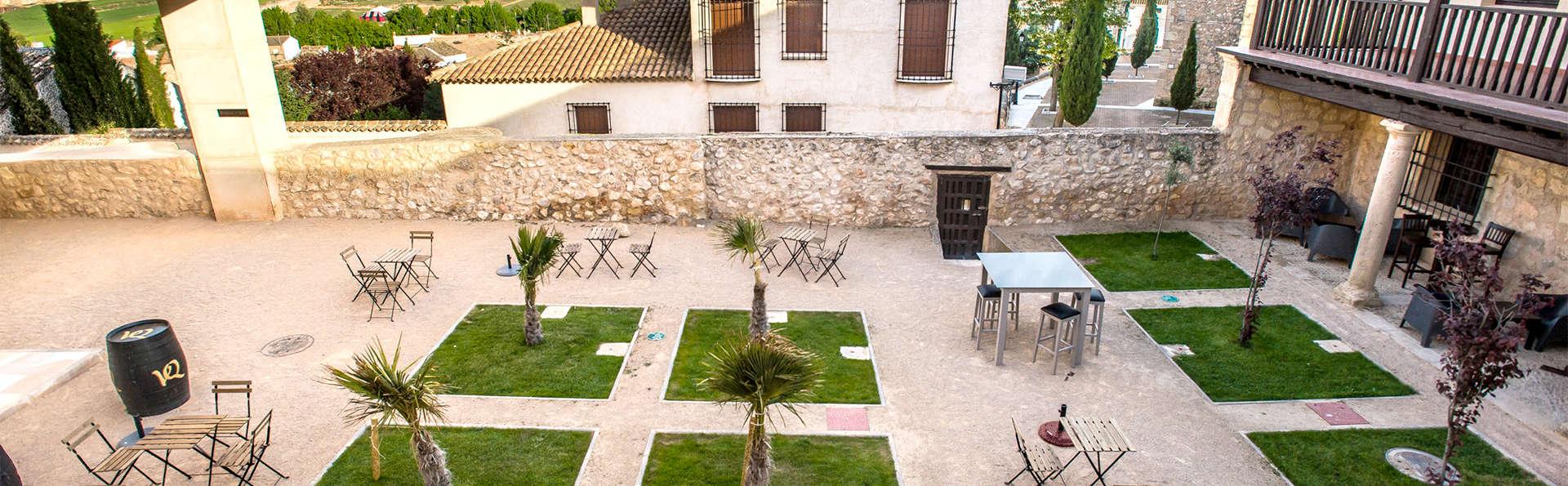 Palacio del Infante Don Juan Manuel Hotel Spa - EDIT_terrace1.jpg