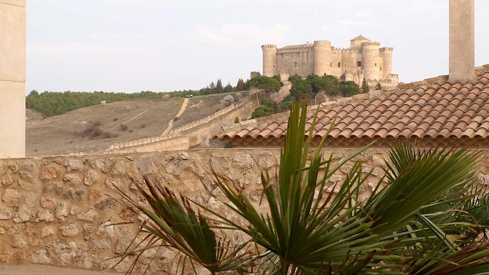 Palacio del Infante Don Juan Manuel Hotel Spa - EDIT_castleview.jpg