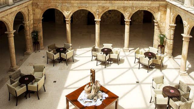 Escapada única en un edificio histórico con Bodega, spa y Castillo en Belmonte (desde 2 noches)