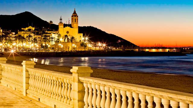 Ontdek het mooie Sitges, inclusief diner, spa en nog veel meer