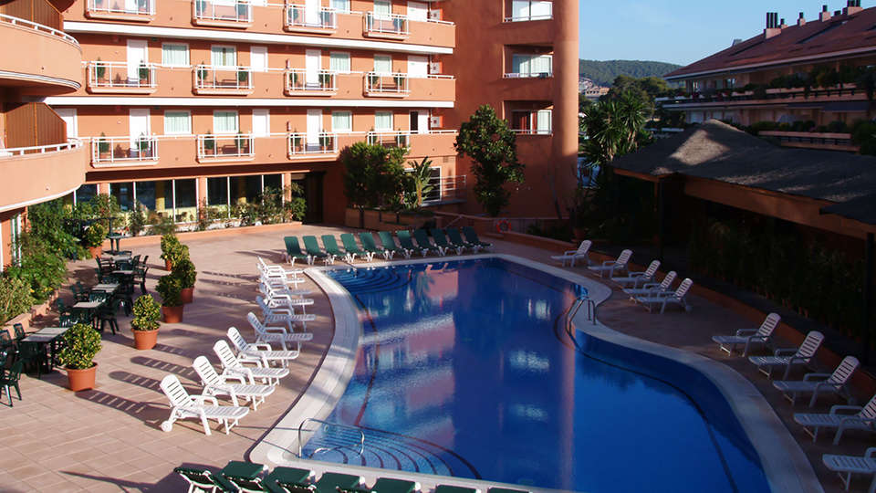 Hotel Sunway Playa Golf and Spa Sitges - EDIT_pool1.jpg