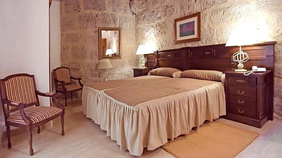 Señorío de Olmillos - EDIT_room4.jpg