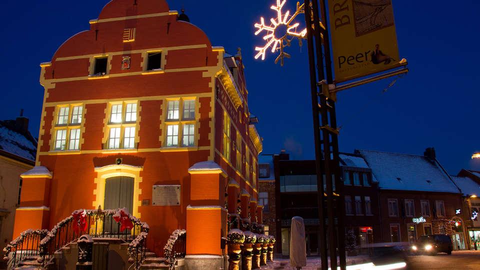 Hotel de Boskar 1773 - edit_new_front1.jpg