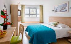 appart 39 h tel l 39 escale marine 3 la rochelle frankrijk. Black Bedroom Furniture Sets. Home Design Ideas