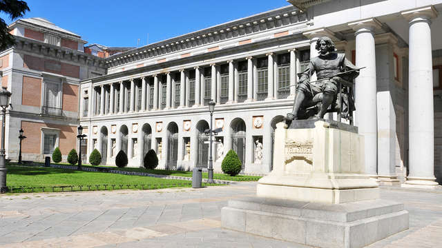 Lujo y cultura en pleno centro de Madrid con entradas al Museo del Prado