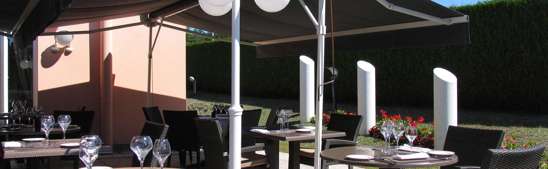 Best Western La Fayette Hôtel & Spa - edit_terrace.jpg