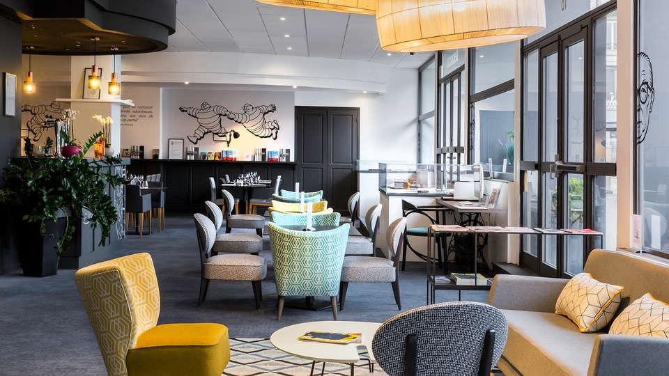 Best Western Plus Hôtel Littéraire Alexandre Vialatte - EDIT_lobby1.jpg