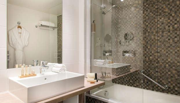 BEST WESTERN PLUS Paris Val de Bievre - bath