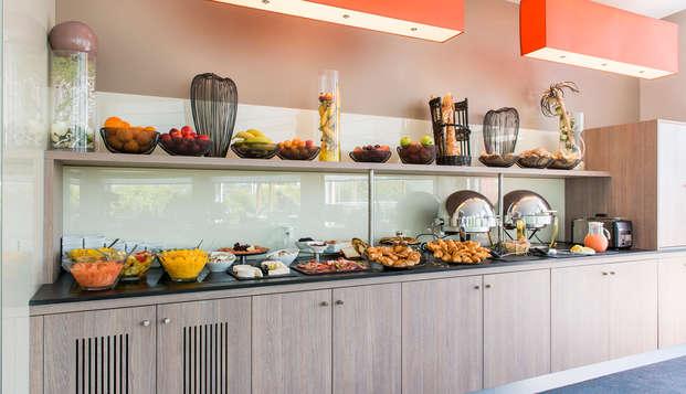BEST WESTERN PLUS Paris Val de Bievre - breakfast