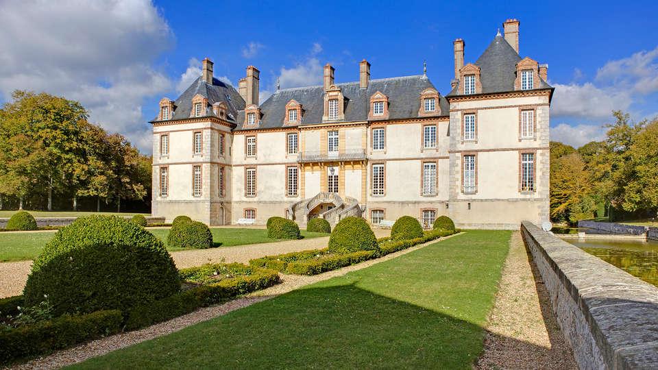 Château de Bourron - EDIT_front.jpg