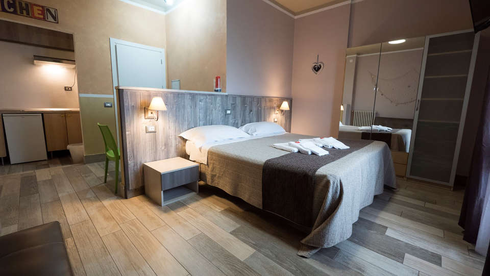 Albergo Serena - Edit_Room4.jpg