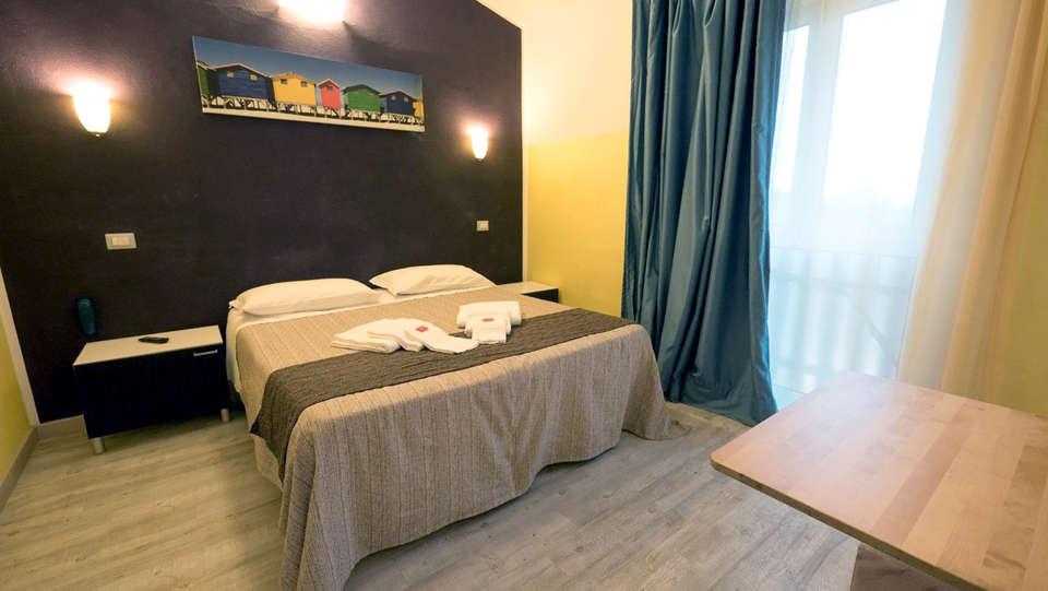 Albergo Serena - Edit_Room2.jpg