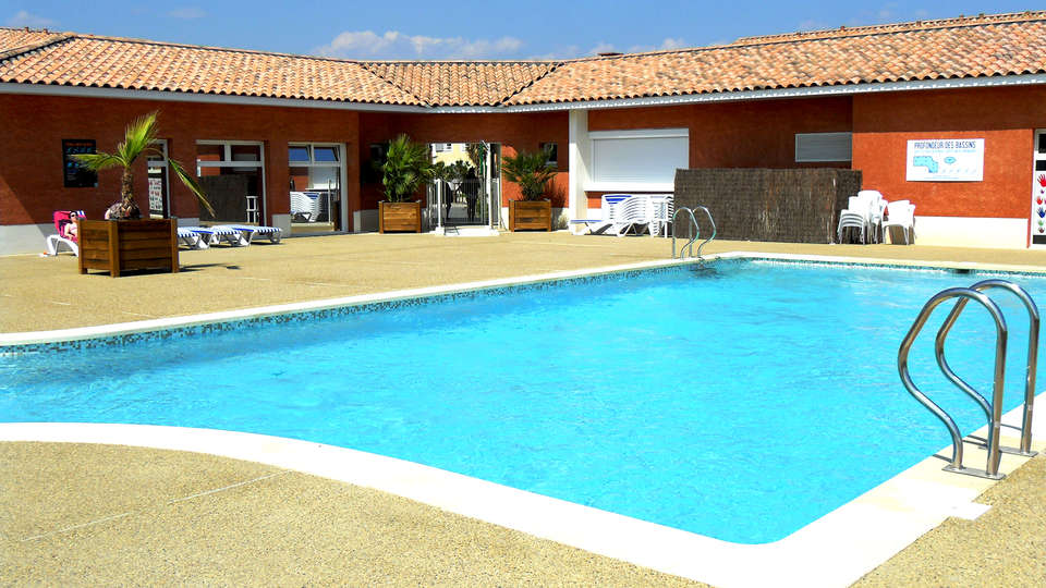 Vacancéole - Résidence Le Domaine d'Ensérune - Edit_Pool.jpg