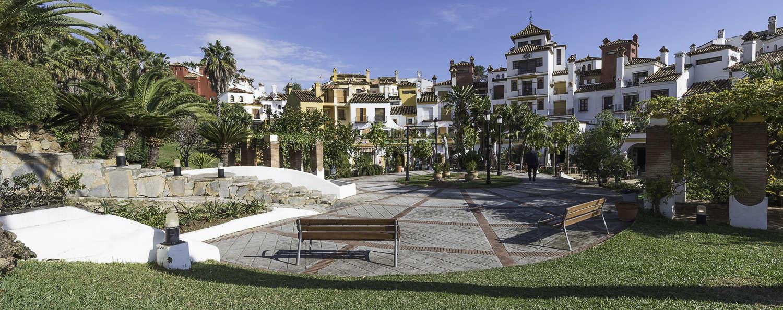 Albayt Nueva Alcaidesa - ZONA_COMERCIAL.jpg