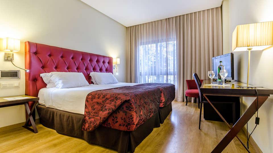 Hotel Exe Guadalete - EDIT_NEW_room.jpg