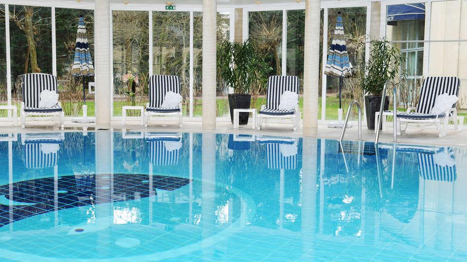 Holiday Inn Resort Le Touquet - EDIT_pool3.jpg