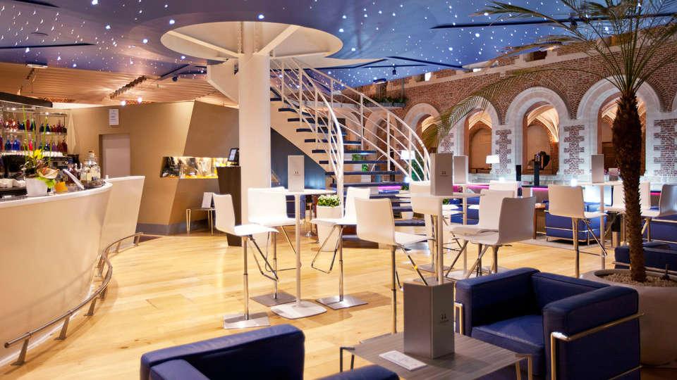 Hôtel Alliance Couvent des Minimes - EDIT_bar.jpg