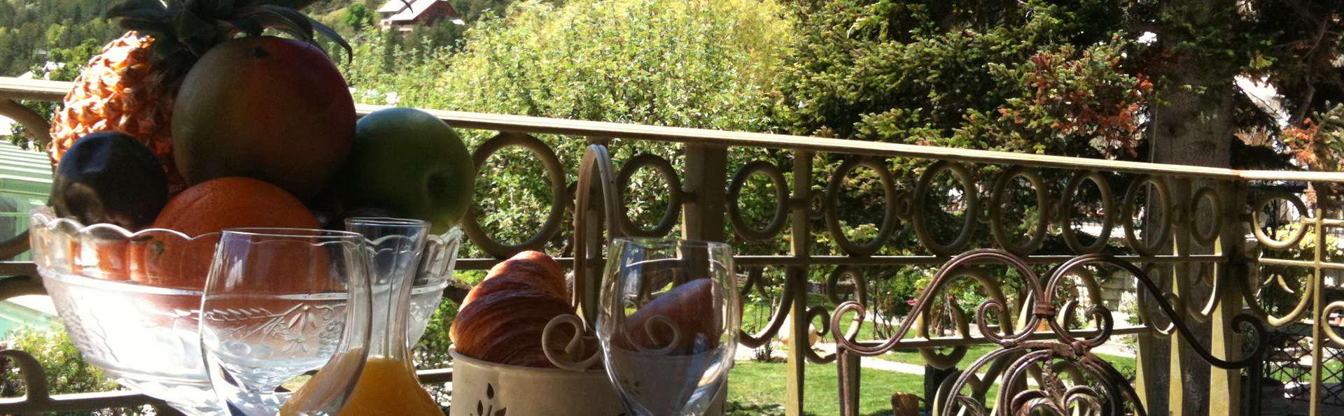 Villa Morelia - edit_view.jpg