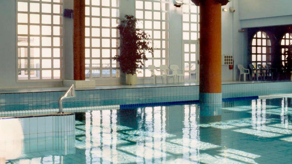 Côté Thalasso - Banyuls sur mer - edit_pool1.jpg