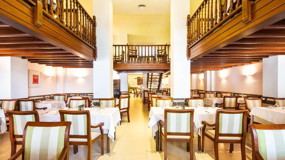 Hotel THB Felip (Adults Only) - EDIT_restaurant1.jpg