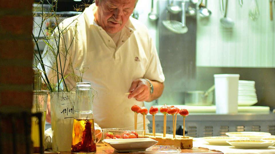 De Stokerij Hotel - edit_new_chef.jpg