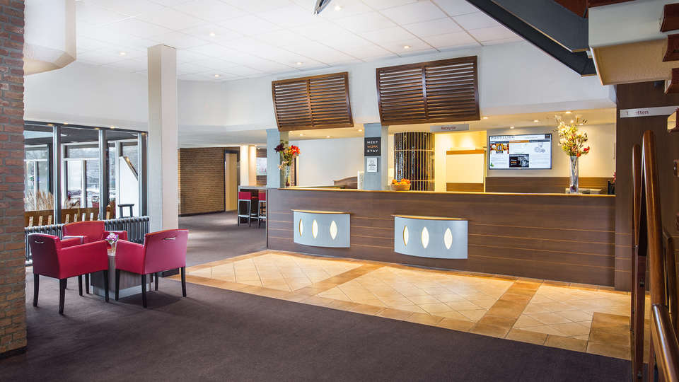 Postillion Hotel Arnhem - edit_new_reception.jpg
