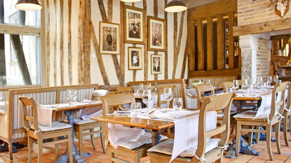 Hôtel du Grand Cerf & Spa - EDIT_restaurant2.jpg