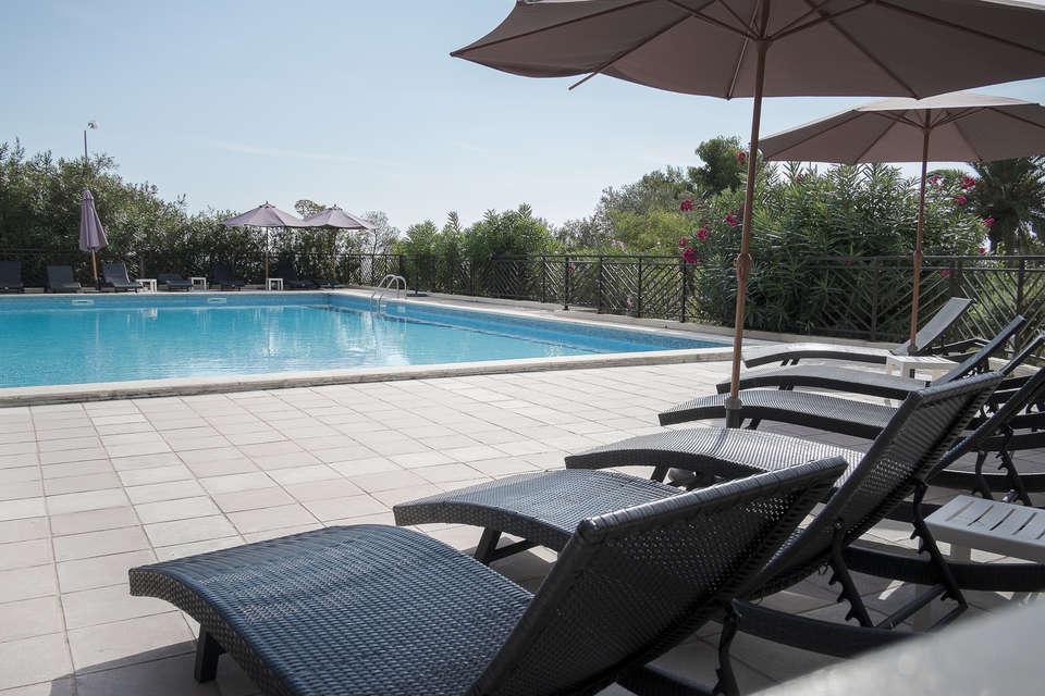 Résidence Les Calanques - Residence_Les_Calanques_piscine_exterieure__33_.jpg