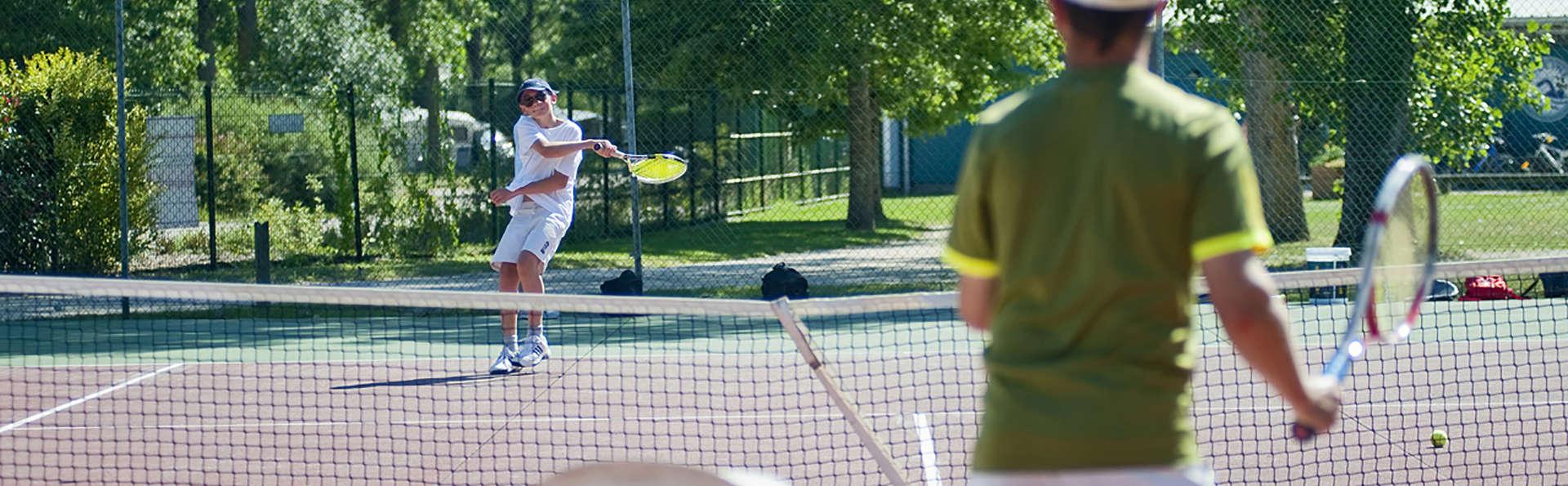 Huttopia Les Châteaux - Edit_Tennis.jpg