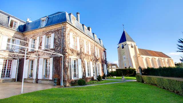Fin de semana con cena de 3 platos en un castillo a 30 minutos de París