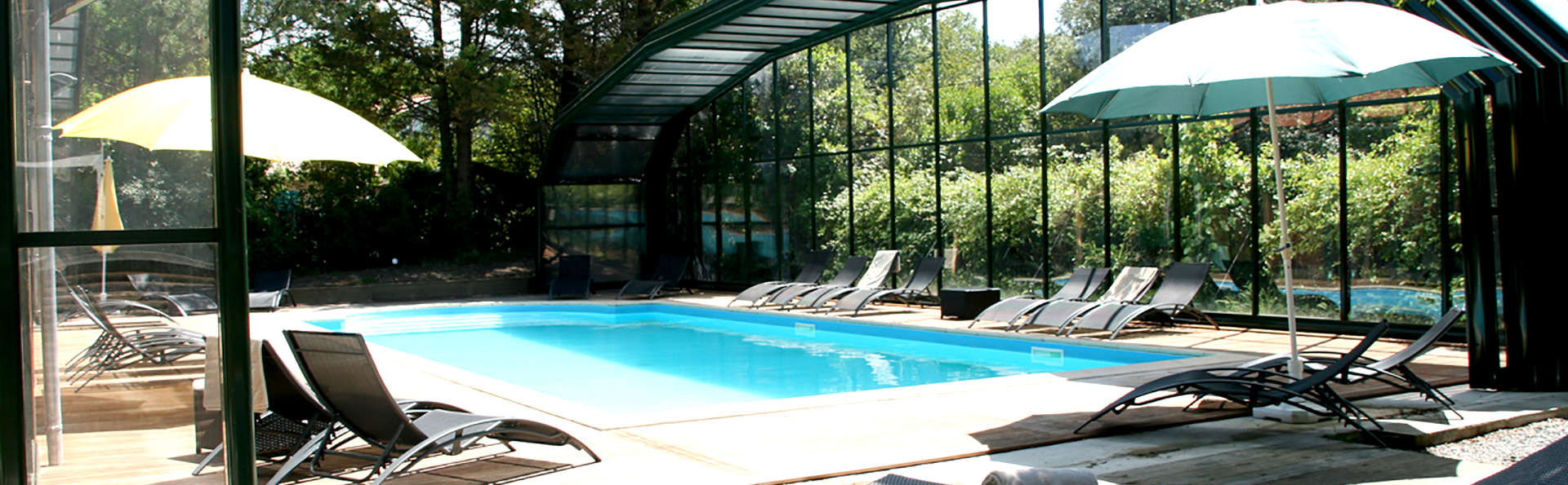 Hôtel Saint-Paul - Edit_Pool4.jpg
